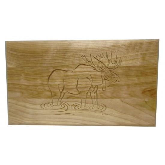 Planche à découper gravée d'un orignal en bois...