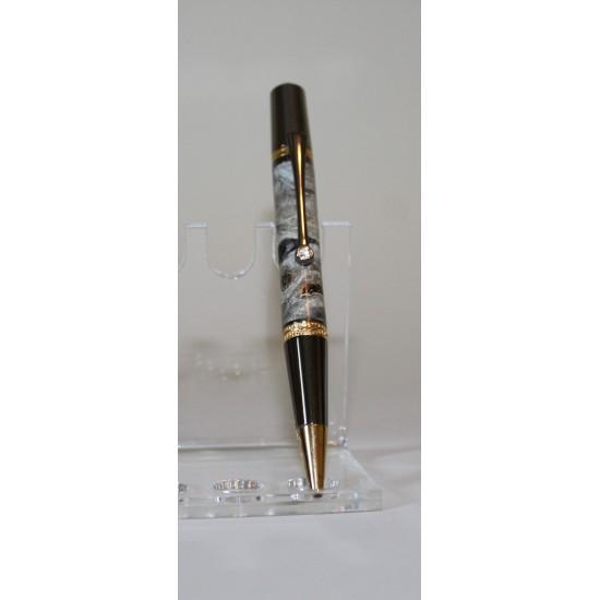 Élégant stylo loupe d'érable teintée bleue