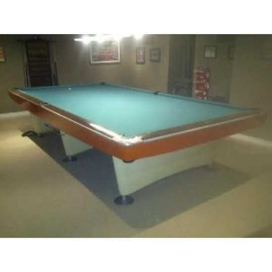 Brunswick, Gold Crown, 1961,  Snooker 5' x 10'.