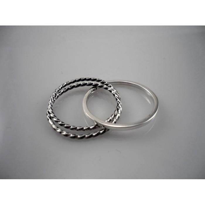 Jonc à trois anneaux inséparables en argent sterling