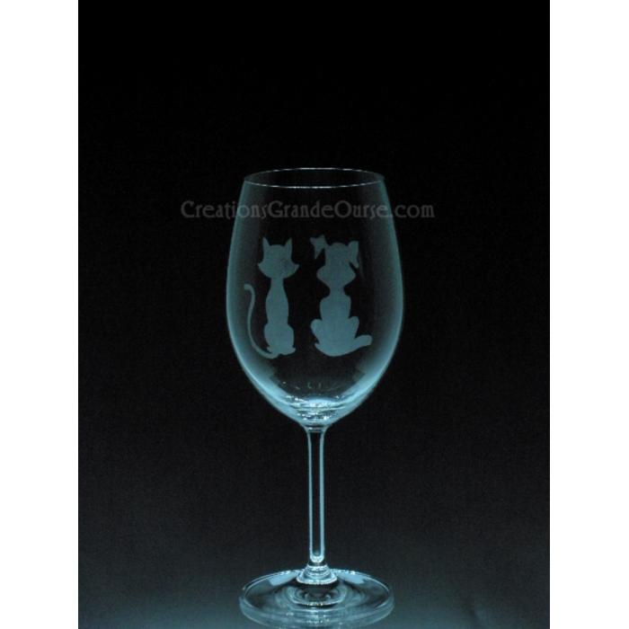 verre vin grav avec design chiens et chats cr ations grande ourse. Black Bedroom Furniture Sets. Home Design Ideas
