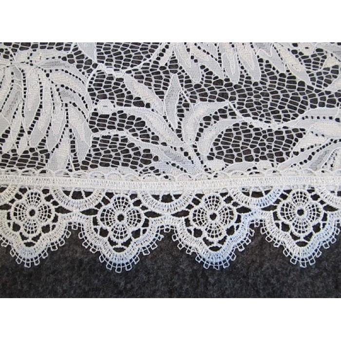 dentelle voilage blanc d coratif en 295 cm de haut fait de. Black Bedroom Furniture Sets. Home Design Ideas