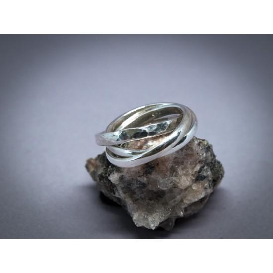 Bague en argent à trois anneaux