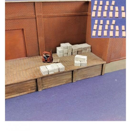 N008 Grandes caisses en bois pour train N