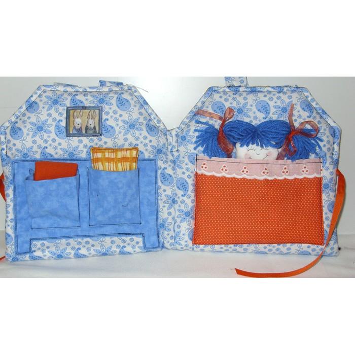 Maisonnette aux oranges avec poupée