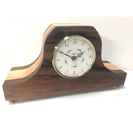 Horloge classique carillon en noyer et érable...