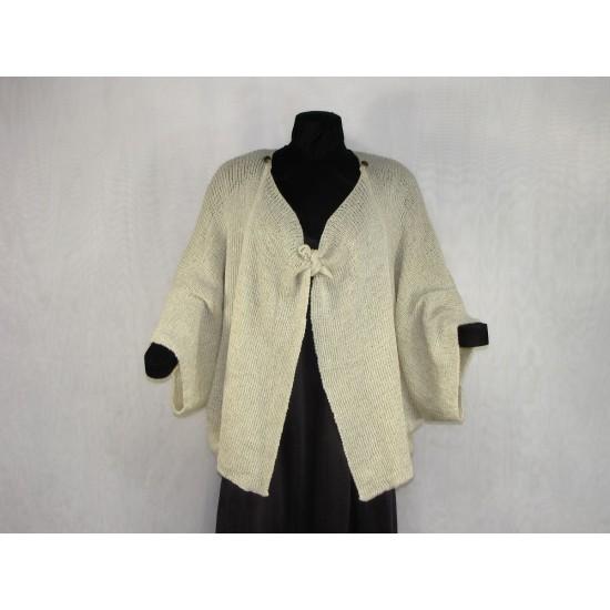 veste carrée beige pâle