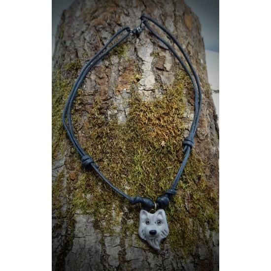 Collier loup argenté avec attache aimantée