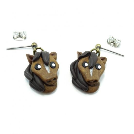Boucle d'oreille cheval brun