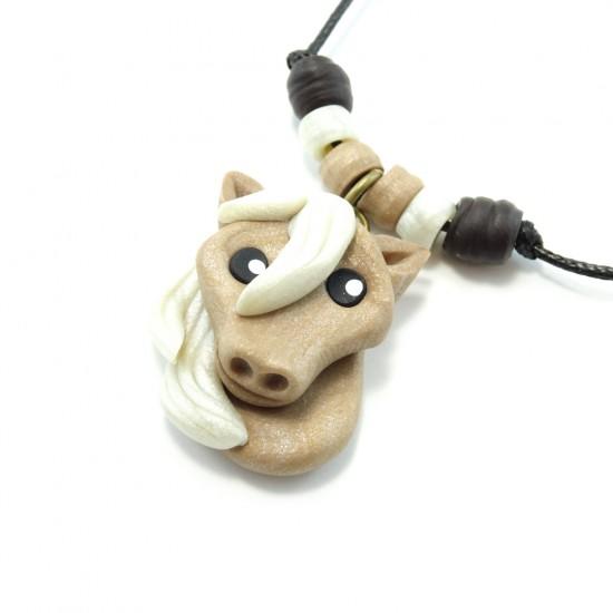 Collier cheval beige
