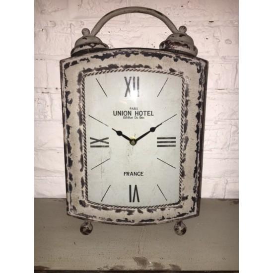 Horloge de Table en Métal /21x8x36hcm...