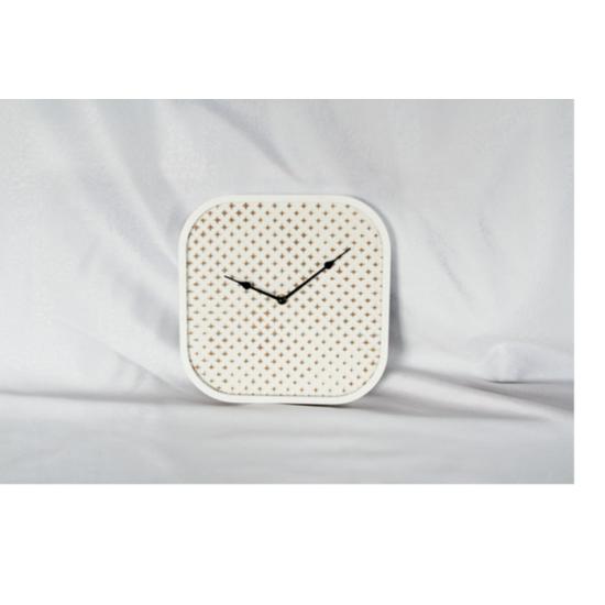 horloges. Black Bedroom Furniture Sets. Home Design Ideas