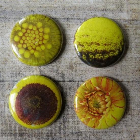 Badge texture- fleurs jaune
