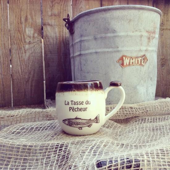 La tasse du pêcheur fait de porcelaine tournée...